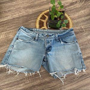 Levi's Vintage 565 Cut Off Shorts Size 28
